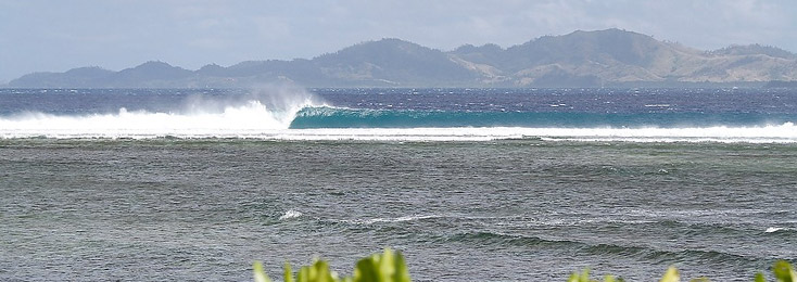 specials-surf-travel-Tavarua.jpg