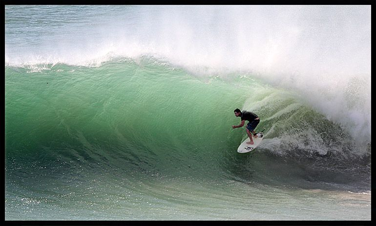 Mexico Surf Trips Salina Cruz Surf Tours - Surfing inside 27 second long barrel wave
